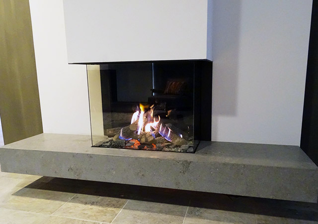 Panoramic Gas Fire Floating Hearth